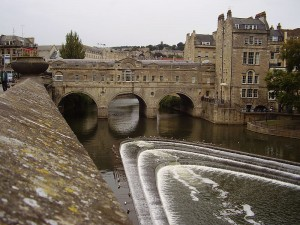 Travel to Bath from Edinburgh Airport